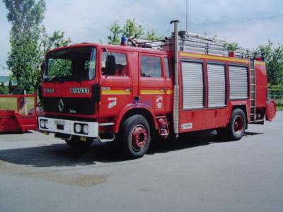 27 departement de l 39 eure renault g 230 pompiers. Black Bedroom Furniture Sets. Home Design Ideas